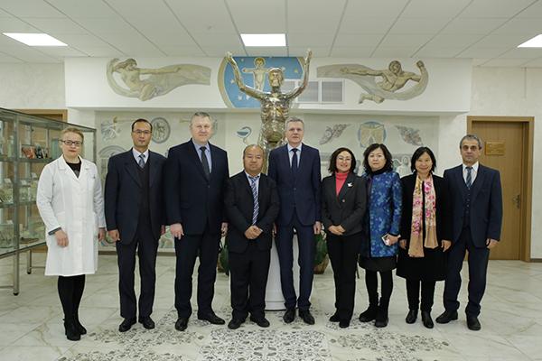 Визит делегации Департамента образования провинции Юньнань (Китай)