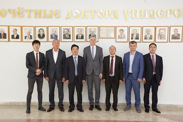 Визит делегации Шэньсийского университета китайской медицины (Китайская Народная Республика)