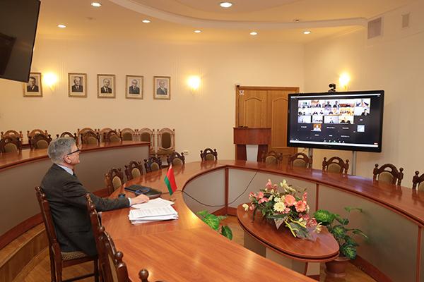 Профессор Василий Руденок принял участие в заседании круглого стола с учреждениями высшего образования Туркменистана