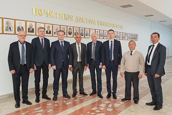 Делегация Ферганского медицинского института общественного здоровья посетила БГМУ