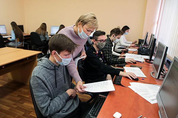 Диспетчерские центры по вводу данных в единую информационную систему санитарной службы продолжают функционировать в Белгосмедуниверситете