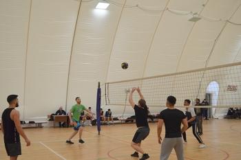 Этот особенный вид игры – волейбол