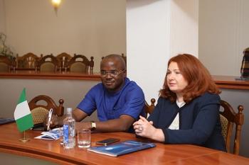 Исполнительный директор компании Pivot Pharmacy Limited Генри Нванкво посетил БГМУ