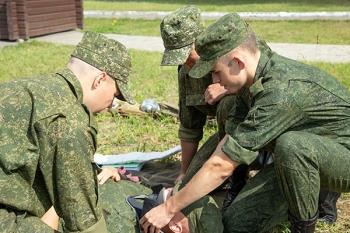 …Стать высококлассным специалистом в военной медицине, или О чем мечтают первокурсники военно-медицинского института