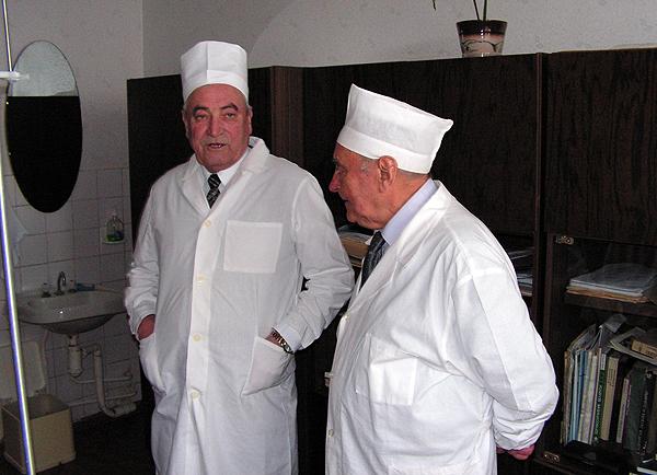 Профессор Шотт А.В. и профессор Леонович С.И.