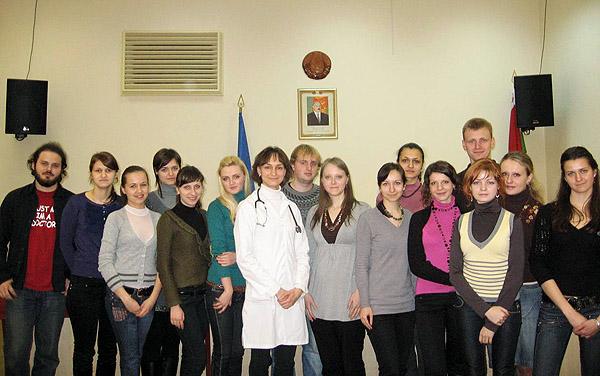 Первый руководитель студенческого научного кружка ассистент Грицук Наталья Александровна и студенты-кружковцы