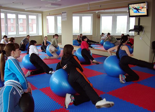 Занятие с видео сопровождением упражнений