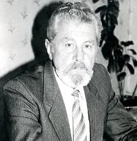 Профессор Олешкевич Леонид Александрович (заведующий кафедрой в 1988–2006)