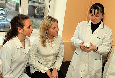 Асс. Кошина С.М. на занятиях по магнитотерапии