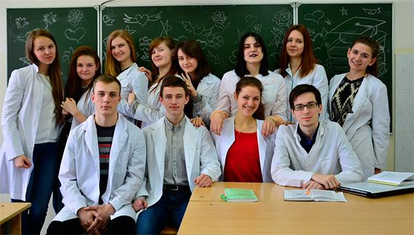 Состав студенческого научного кружка кафедры хирургической стоматологии
