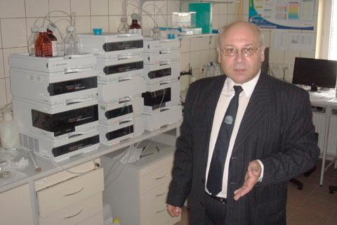 Координатор программы сотрудничества М.В.Гольцев в лаборатории кафедры химии лекарств факультета фармации Медицинского университета Белостока.