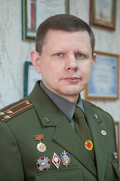 Начальник военно-медицинского института в БГМУ полковник медицинской службы Василий Генрихович Богдан